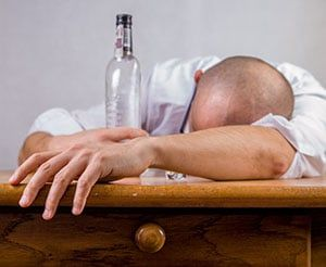 Alcohol lowers testosterone